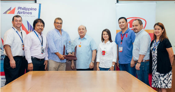 Philippine Airlines awards LBC with Diamond Award - adobo Magazine