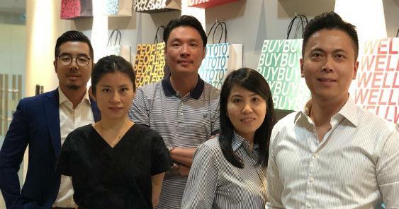 from_l_to_r_ian_choe_group_account_director_wendy_chiu_head_of_design_kenny_loh_ceo_leong_siew_yee_gm-_shopper_marketing_jason_wong_group_managing_director_563.jpg