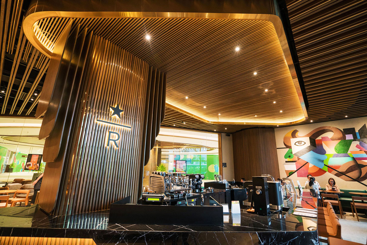 Arts Culture This New Starbucks Reserve Branch Gets A