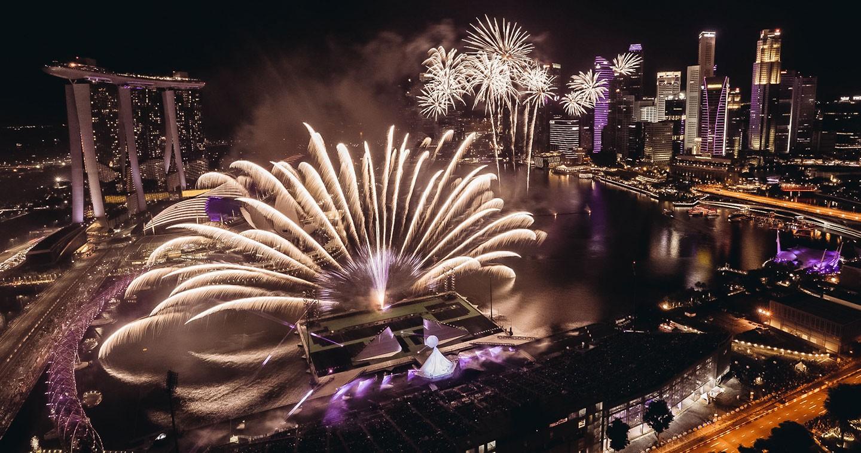 Kết quả hình ảnh cho garden by the bay new year countdown